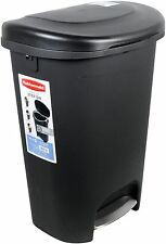 Rubbermaid 13 Gallon Step On Trash Can. Garbage Waste Bin Basket Kitchen Large