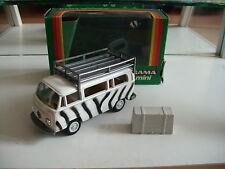 Gama VW Volkswagen Transporter T2 Safari in White/Black on 1:42 in Box