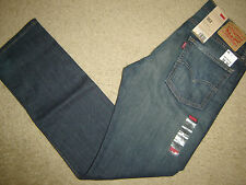 NWT Levi's 513 jeans 32 x 32 Slim  Straight Fit Retail $70   Style # 08513-0200