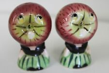 APPLE ANTHROPOMORPHIC SHAKERS- VINTAGE SALT & PEPPER
