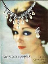1960 : VAN CLEEF & ARPELS Jewelry - French Ad, Place Vendôme-Paris