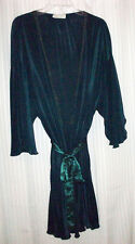 Vintage 1990's Val Mode Lingerie Green Pleated Lace Trim Kimono Sleeve Robe M L