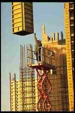 560018 preparazione per riversare i pilastri in cemento A4 FOTO STAMPA