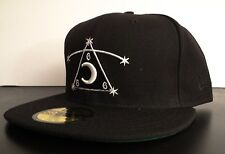 BLACK SCALE X NEW ERA 666 PIRAMIDE LOGO MENS HAT FITTED HAT SIZE 7 1/4 57.7 cm