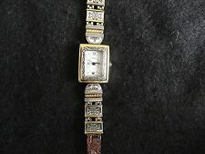 Pretty Geneva Quartz Ladies Watch with a Reversible Brown / Black Band