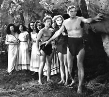Johnny Weissmuller UNSIGNED photo - B3066 - Tarzan and the Leopard Woman
