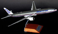 JC Wings 1:200 Boeing Aircraft Company B777-300 'House Colours' N5014K (XX2237)