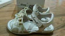 Girls MOSCHINO Sandals size: 6 (22) white with beige