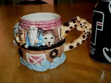 NOAH'S ARK, 3-D GRAPHIC IMAGES, Ceramic Coffee Cup / Mug, VINTAGE