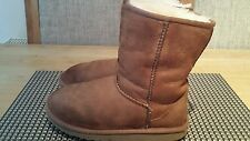 UGG CLASSIC SHORT YOUTH GIRLS BOOTS SIZE UK2 EUR33 100%GENUINE