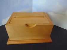 VINTAGE WOODEN CIGARETTE BOX, POP- UP SERVER, GREAT CONDITION, VERY COLLECTIBLE