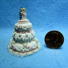Dollhouse Miniature Wedding Cake with Pink Flowers & Bride and Groom ~ A1720