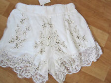 ladies sz 8 sabo skirt lace beaded cream shorts new with tags