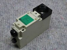 TELEMECANIQUE XUC-F01613 PHOTOELECTRIC SENSOR 230 Volt