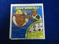 1979 Topps Dave Winfield baseball card    Padres   # 31