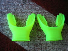 2-$11 LONG-BITE YELLOW SILICONE REGULATOR MOUTHPIECES
