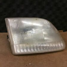 97 98 99 00 01 02 03 04 FORD F150  F250 RIGHT HEADLIGHT