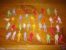 10 MIXED PEOPLE FIGURES  SUIT HORNBY ETC  00 GAUGE BRAND NEW .....