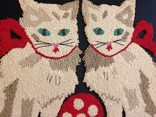 VINTAGE FRAMED 2 KITTENS WITH POLKA DOT BALL PUNCHWORK PUNCH NEEDLE EMBROIDERY