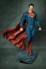SUPERMAN MAN OF STEEL STATUE  not sideshow