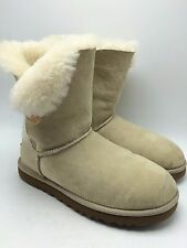 2B7 Ugg Australia Bailey Button Casual Slip on Cozy Comfy Women Boots Size 8