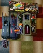 Batman the animated series Lot - Batcave, 2-Batmobile, Bat Signal, Joker Mobile
