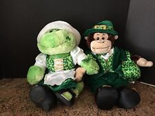 CUTE BUILD A BEAR COUPLE DRESSED IN ST. PATRICKS DAY OUTFITS RARE MONKEY & FROG