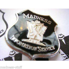MADNESS - BLACK + WHITE MIS DIAL-A-STYLE ENAMEL BADGE - SUGGS SKA TWO TONE STIFF