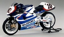 Tamiya 14081 1/12 Scale Model Motorcycle Kit Suzuki RGV-500 Gamma XR89 MotoGP'99