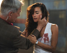 Mark Harmon & Cote De Pablo (36903) 8x10 Photo