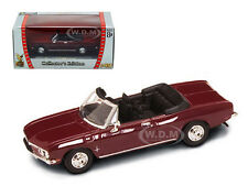 1969 CHEVROLET CORVAIR MONZA MAROON 1/43 MODEL CAR BY ROAD SIGNATURE 94241