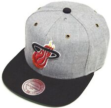 Mitchell & Ness and Miami Heat NP64Z Heather Grey Strapback Cap Basecap