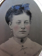 ANTIQUE AMERICAN BEAUTY VICTORIAN RED CHEEK WHITE BLUE EYE HORTON TINTYPE PHOTO
