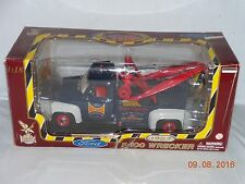 Road Legends 1953 Ford F-100 Wrecker Tow Truck Scale 1/18  Die-Cast Metal (NIB)