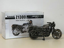 [MODEL] Kawasaki Z1300 diecast metal figure 1/16 Not For Sale Japan
