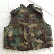 KEVLAR BODY ARMOR FRAGMENTATiON VEST  LARGE  USED