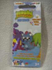 Moshi Monsters pin badge  Snookums