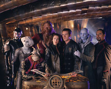 Farscape [Cast] (41541) 8x10 Photo