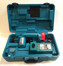 MAKITA 12V CORDLESS TRIM SAW 5093D, BATTERY, CHARGER WITH CASE MINT