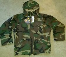 Adventure Tech Reversible GORE-TEX Woodland / Desert Camo Jacket:   Medium short