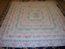 Nice Green Stripe & Rose Floral w/Hour Glass in Center Quilt
