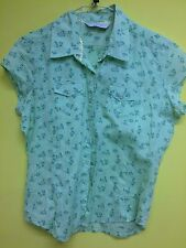 Ladies Blouse, E-vie, Size 12, Mint Green with small Floral Pattern.