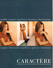 PUBLICITE ADVERTISING 0314   1998   CARACTERE pret à porter mode CARLA BRUNI