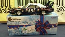 Richard Petty #43 1970 Superbird AUTOGRAGHED 2011 Holiday Blue Toolbox 1:24