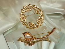 Lot 2 Nice Vintage 70's Gold Tone Brooches-1 Made In England-1 Faux Pearl 2076jl