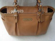 AUTHENTIC COACH CAMEL LEATHER GALLERY TOTE #15147 EUC
