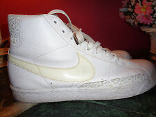 NIKE white pebble leather ankle shoes size 11.5M in excellent condition