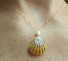 Hawaii sunrise moonrise shell white freshwater pearl necklace 14k gold  chain
