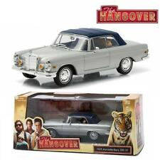 GREENLIGHT 86462 THE HANGOVER 1969 MERCEDES-BENZ 280 SE W/ TIGER DIECAST 1:43
