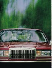 Lrg. 1994 LINCOLN TOWN CAR Brochure / Catalog w/ Spec's: SIGNATURE,CARTIER